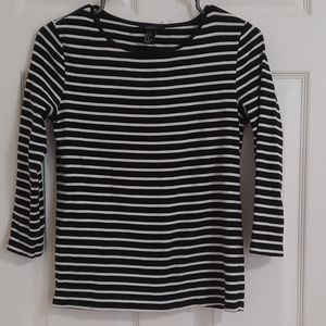 Forever 21 3/4 stripped cotton top
